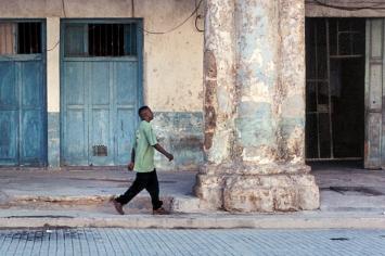 Havanna (Kuba), Plaza de Armas, 12.12.2000.Foto: SH