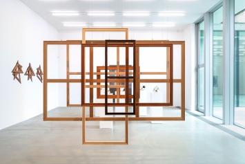 Gewisse Rahmenbedingungen 2, 2018, Installationsansicht Aargauer Kunsthaus, 2018. Courtesy PeterBlumGallery, New York.Foto: René Roetheli