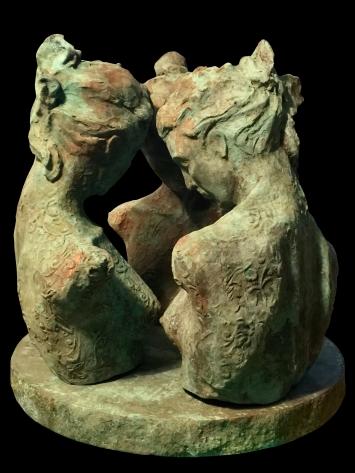 """""""Vertrautheit"""" Skulptur von Annemarie Waibel. Weitere Skulpturen unter www.skulpturen-annemarie-waibel.ch"""