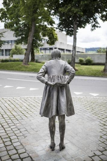 Andrea Vogel, Kiss for Bruce, 2013, Kunst im öffentlichen Raum der Stadt St.Gallen, Fotografie: Anna-Tina Eberhard, St.Gallen