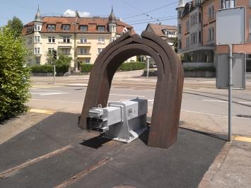 Willy Wimpfheimer, «Figur VII», 1983, Tramdepot Irchel, Fachstelle Kunst und Bau, Amt für Hochbauten, Stadt Zürich, Foto: Marc Lendorff